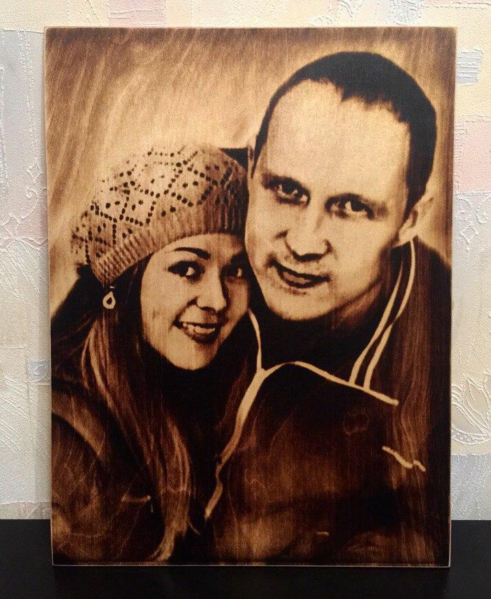 выжигание портретов по дереву на заказ в Астрахани